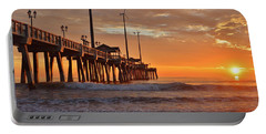 Jennettes  Pier Portable Battery Charger
