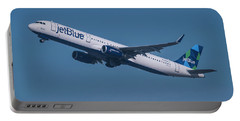 jetBlue Airbus A321 Portable Battery Charger