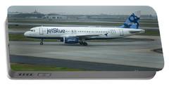 jetBlue Airways Jet N590JB Arriving Hartsfield-Jackson Atlanta International Airport Art Portable Battery Charger