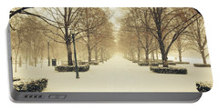Kc Snow With Parisian Flare Portable Battery Charger