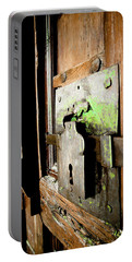 La Porta Chiusa Portable Battery Charger