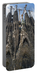 Portable Battery Charger featuring the photograph La Sagrada Familia by Frank DiMarco