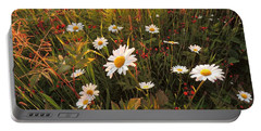 Lazy Days Daisies Portable Battery Charger