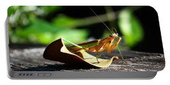 Leafy Praying Mantis Portable Battery Charger