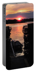 Maine Sunset And Traps Portable Battery Charger