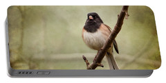 Male Dark-eyed Junco - 365-186 Portable Battery Charger