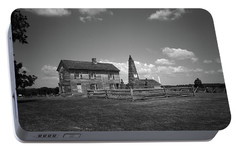 Portable Battery Charger featuring the photograph Manassas Battlefield Farmhouse 2 Bw by Frank Romeo