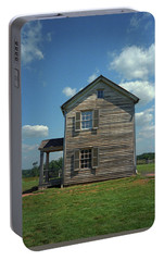 Portable Battery Charger featuring the photograph Manassas Battlefield Farmhouse by Frank Romeo