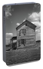 Portable Battery Charger featuring the photograph Manassas Civil War Battlefield Farmhouse Bw by Frank Romeo