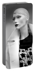 Mannequin 117 Portable Battery Charger