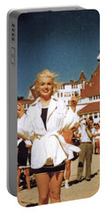 Marilyn And Turrett Portable Battery Charger