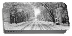 Market Street Snow Black And White Portable Battery Charger