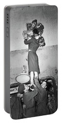Marlene Dietrich Kissing Soldier Returning From Ww2 1945 Portable Battery Charger