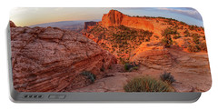 Mesa Arch Overlook At Dawn Portable Battery Charger