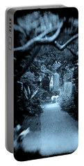 Midnight In The Garden O Portable Battery Charger