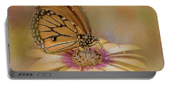 Monarch On A Daisy Mum Portable Battery Charger