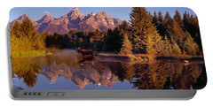 Moose Tetons Portable Battery Charger