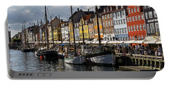 Portable Battery Charger featuring the photograph Mug - Nyhavn by Inge Riis McDonald