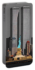 New York 911 Memory - Twin Towers And Statue Of Liberty Portable Battery Charger