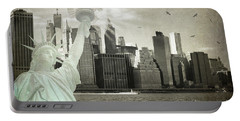 New York New York Da Portable Battery Charger