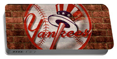 New York Yankees Top Hat Brick 2 Portable Battery Charger