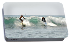 Portable Battery Charger featuring the photograph New Zealand Surf by Yurix Sardinelly