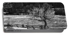 Portable Battery Charger featuring the photograph Niagara Falls Ice 4514 by Guy Whiteley