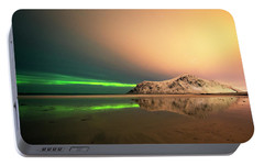 Portable Battery Charger featuring the photograph Northern Light In Lofoten Nordland 5 by Dubi Roman