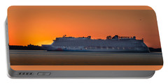 Norwegian Breakaway Portable Battery Charger by Kenneth Cole