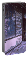 Old Bar, Old Graffitis Portable Battery Charger