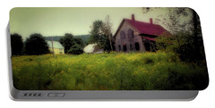 Old Farmhouse - Woodstock, Vermont Portable Battery Charger