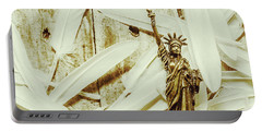 Old-fashioned Statue Of Liberty Monument Portable Battery Charger