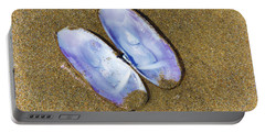Open Clam Shell Portable Battery Charger