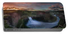 Portable Battery Charger featuring the photograph Palouse Falls Sunrise by William Lee