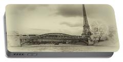 Paris 2 Portable Battery Charger