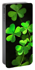 Perfect Green Shamrock Clovers Portable Battery Charger