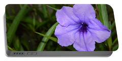 Petunia And Raindrops Portable Battery Charger