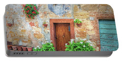 Pienza Street Scene Portable Battery Charger