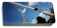 Pillar Of London S Ferris Wheel  Portable Battery Charger