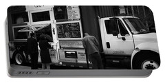 Pizza Oven Truck - Chicago - Monochrome Portable Battery Charger