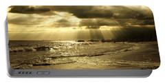 Playa De Oro Portable Battery Charger
