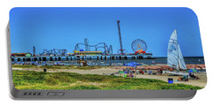 Pleasure Pier Sunny Day Portable Battery Charger