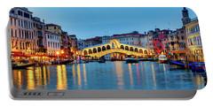 Portable Battery Charger featuring the photograph Ponte Di Rialto by Fabrizio Troiani