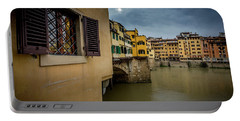 Portable Battery Charger featuring the photograph Ponte Vecchio by Sonny Marcyan
