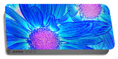 Pop Art Daisies 6 Portable Battery Charger