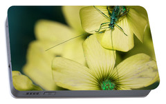 Portable Battery Charger featuring the photograph Pop Macro No. 2 by Laura Melis