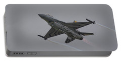 Raf Scampton 2017 - F-16 Fighting Falcon Portable Battery Charger
