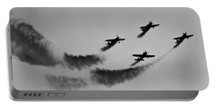 Raf Scampton 2017 - Global Stars Loop Black And White Portable Battery Charger