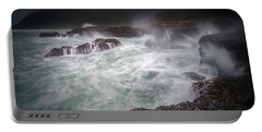 Portable Battery Charger featuring the photograph Raging Waves On The Oregon Coast by William Lee