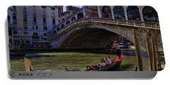 Rialto Bridge In Venice Italy Portable Battery Charger by David Smith